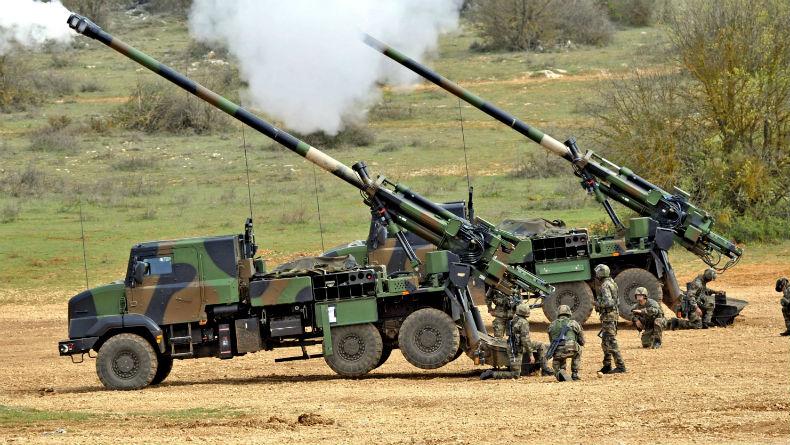 Afrique | Industrie : L'Afrique a réalisé 892 milliards $ de dépenses  militaires depuis 1988, 24,5 fois moins que les USA